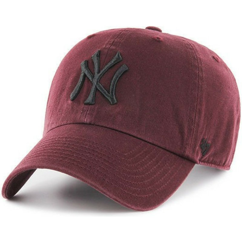 casquette-courbee-grenat-avec-logo-noire-new-york-yankees-mlb-clean-up-47-brand