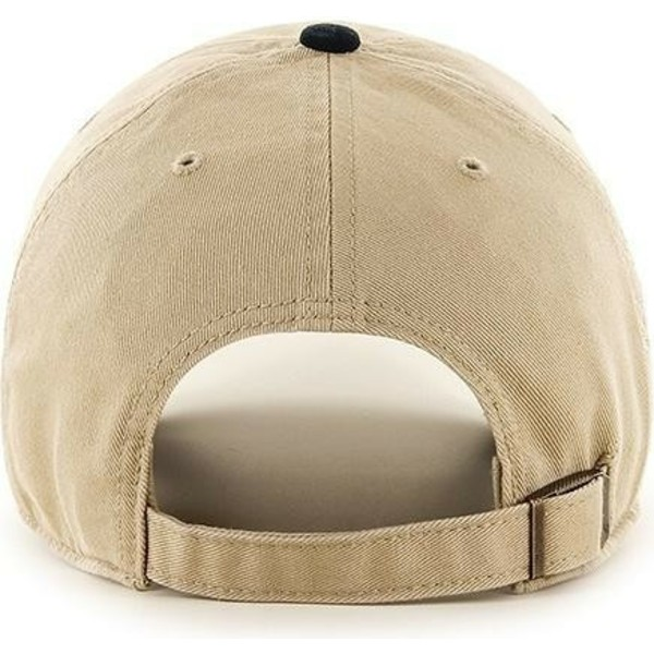 casquette-courbee-beige-avec-visiere-noire-new-york-yankees-mlb-clean-up-47-brand