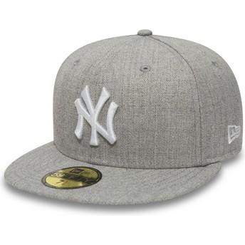 New Era Flat Brim 59FIFTY Essential New York Yankees MLB Fitted Cap grau