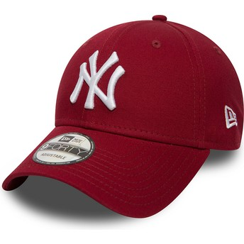 New Era Curved Brim 9FORTY Essential New York Yankees MLB Cardinal Adjustable Cap rot
