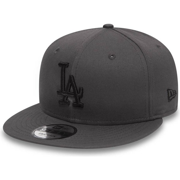 casquette-plate-pierre-snapback-avec-logo-noir-9fifty-league-essential-los-angeles-dodgers-mlb-new-era