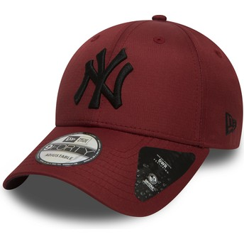 New Era Curved Brim Schwarzes Logo 9FORTY Ripstop de New York Yankees MLB Adjustable Cap braun