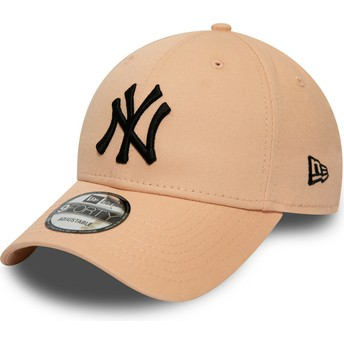 Casquette courbée rose claire ajustable avec logo noir 9FORTY League Essential New York Yankees MLB New Era