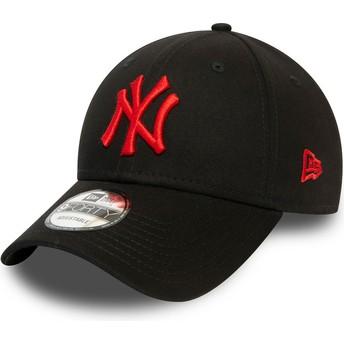 New Era Curved Brim Red Logo 9FORTY League Essential New York Yankees MLB Black Adjustable Cap