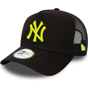 New Era Yellow Logo League Essential A Frame New York Yankees MLB Black Trucker Hat