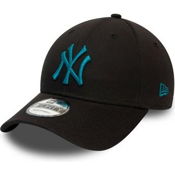 New Era Curved Brim Blue Logo 9FORTY League Essential New York Yankees MLB Black Adjustable Cap