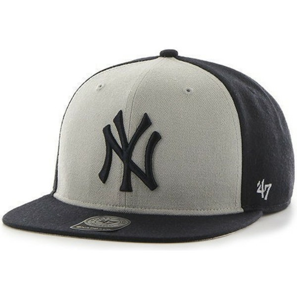 casquette-plate-noire-et-blanche-snapback-new-york-yankees-mlb-sure-shot-47-brand