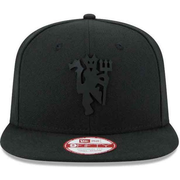 casquette-plate-noire-snapback-ajustable-9fifty-black-on-black-manchester-united-football-club-new-era