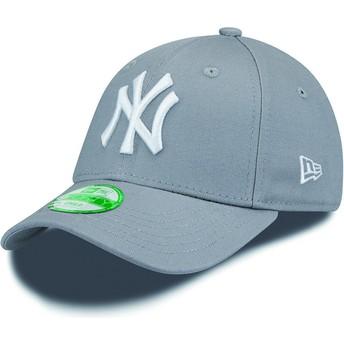 New Era Kinder Curved Brim 9FORTY Essential New York Yankees MLB Adjustable Cap grau